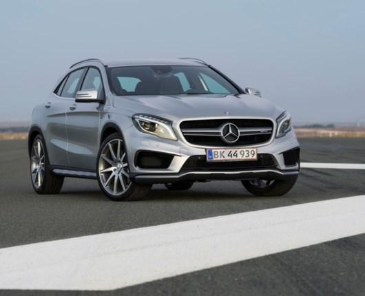 Mercedes-Benz GLA 45 AMG - højbenet og højrøstet!