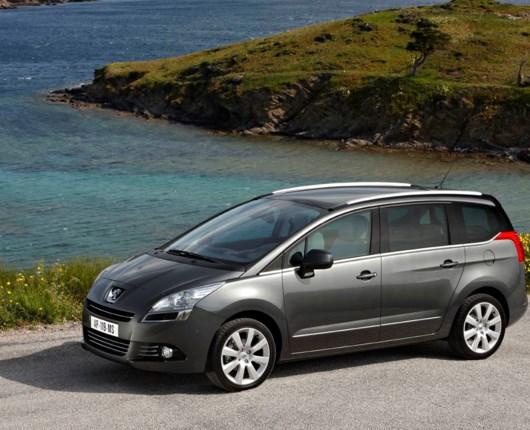 Peugeot 5008 er klar til salg