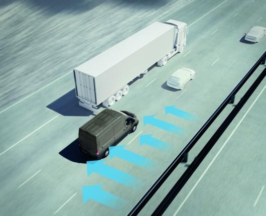 Ny elektronik hjælper Ford Transit i stormvejr