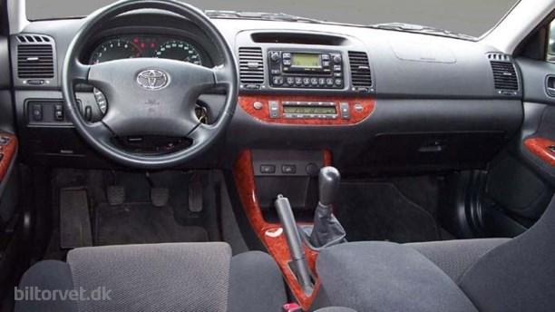 Toyota Camry 2.4