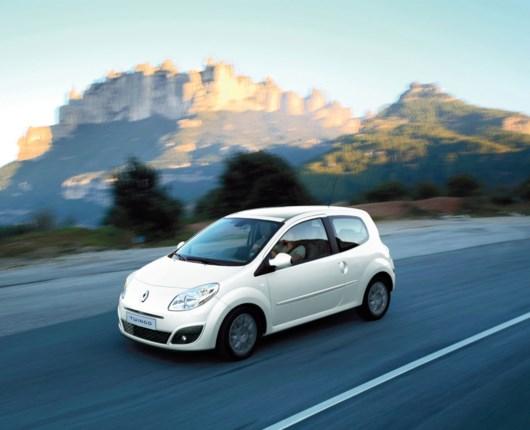 Mere priskrig - Renault Twingo til 99.900,-