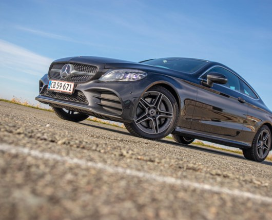 En stjerne for de smarte - Mercedes C 300 Coupé