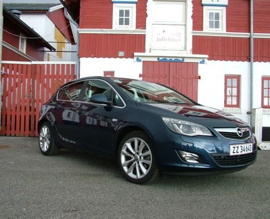 Opel Astra 1,6 Sport 180