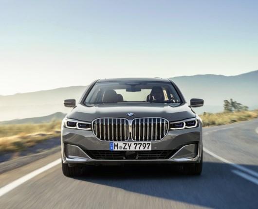 BMW holder pølsefest – ny 7-serie får masser af bøffer og kæmpe grill