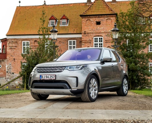 Land Rover Discovery - above and beyond
