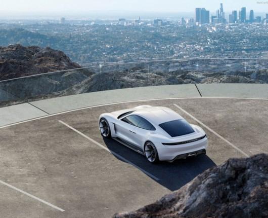 Porsches Tesla-killer er klar allerede i 2019