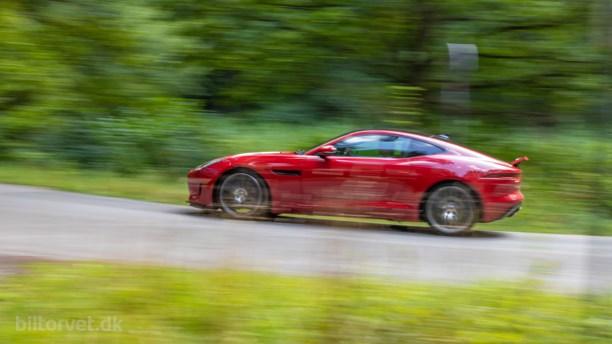 Firecylindret Jaguar F-type er et røverkøb der skal prygles