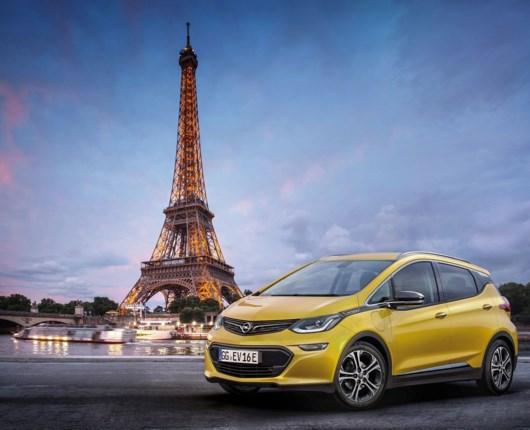 Opel præsenterer den nye el-bil Ampera-e