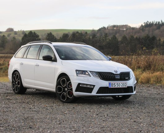 Octavia RS245 - Skoda's Golf GTi?
