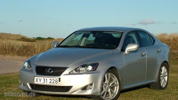 Lexus IS250 aut.