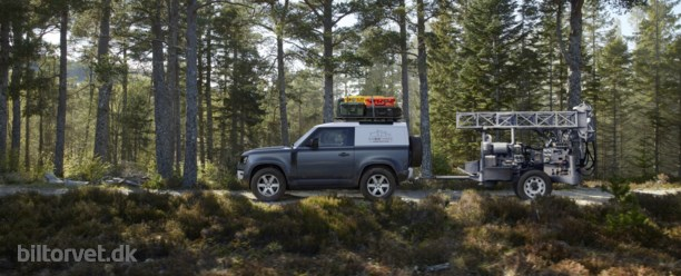 Endelig – her er Defender 90 og den er proppet både hybrid- og dieselpower