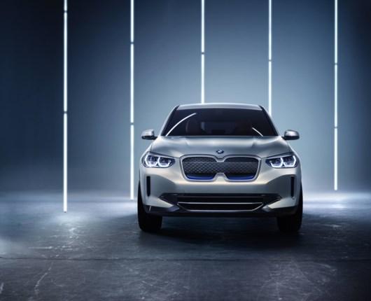 Elektrisk fritid – BMW Concept iX3