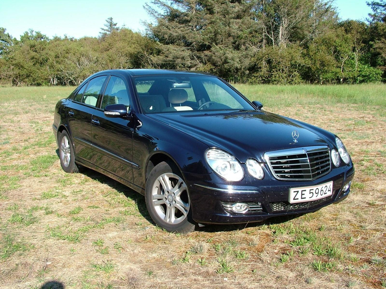 Anmeldelse mercedes benz e300 bluetec biltorvet for Mercedes benz newsletter