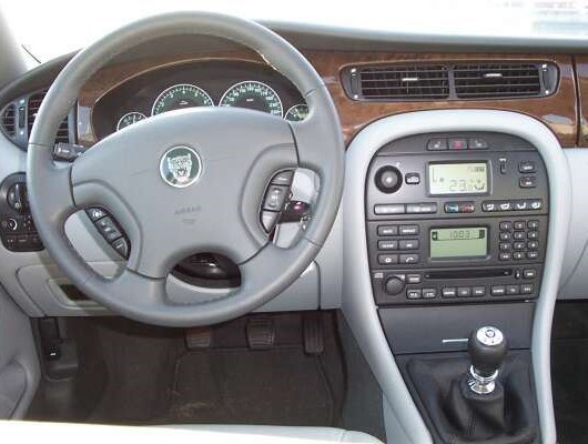 Jaguar X-Type 2.0 V6 Luxus