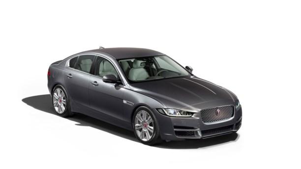 Jaguar frigiver priser på XE