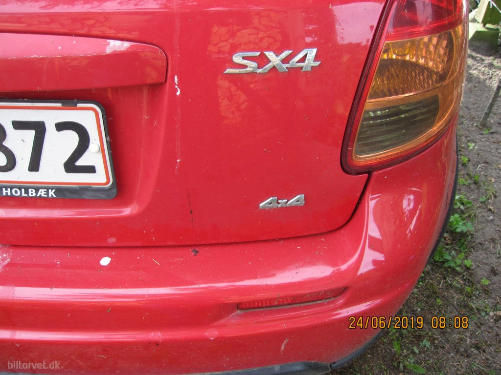 Suzuki SX4 1,9 DDIS GLS 4WD 120HK 5d 6g 2010