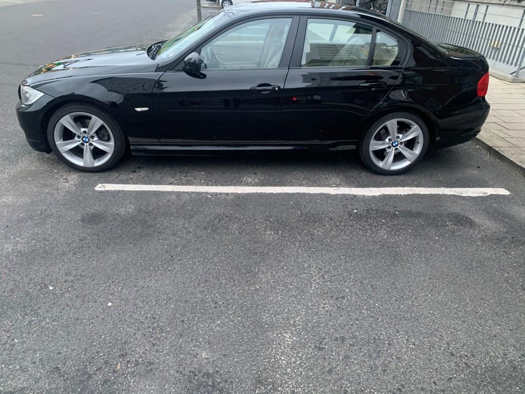 BMW 320i 170HK 2008