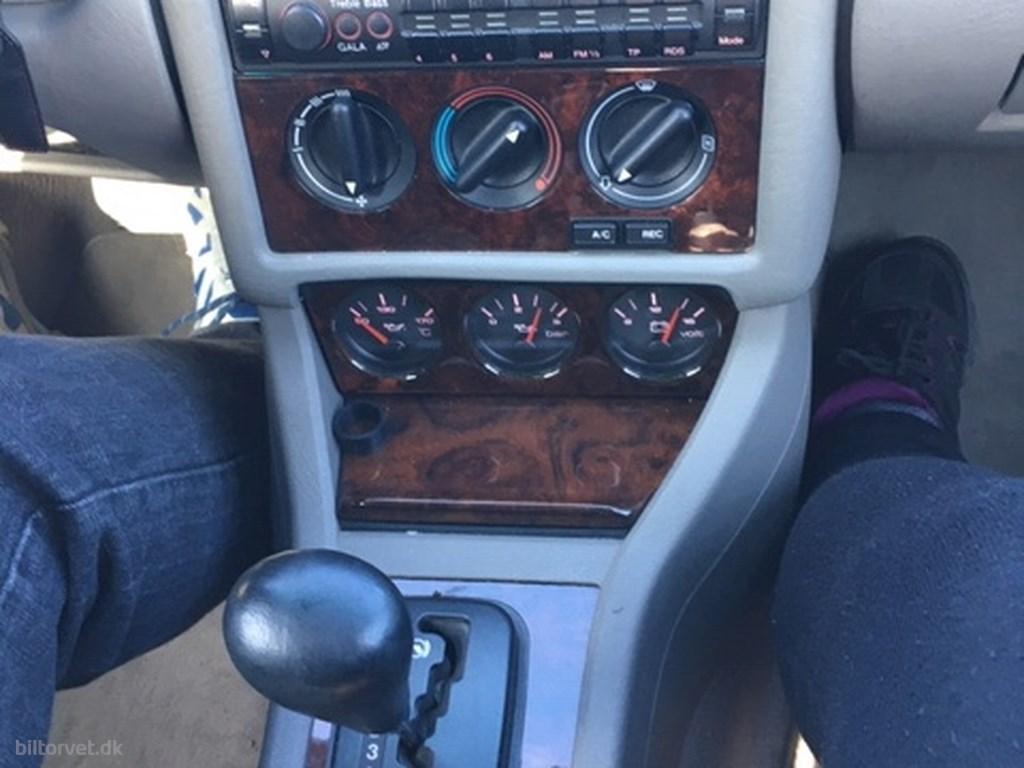Audi Cabriolet 2,8 E 174HK Cabr. Aut. 1996