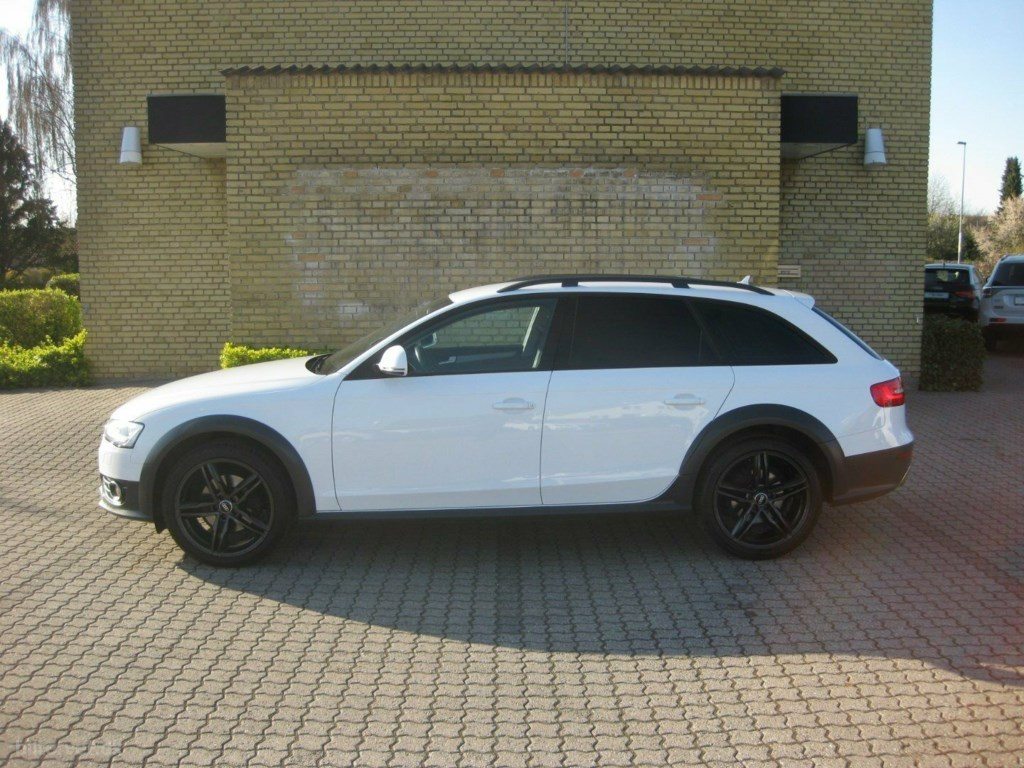 Audi A4 allroad 2,0 TDi 177 quattro Van 2013