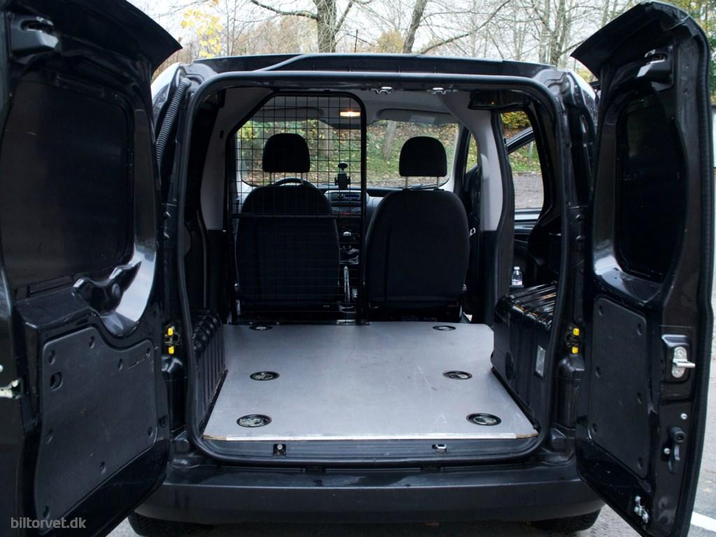 Peugeot Bipper 1,3 HDI FAP Start/Stop 75HK Van 2013