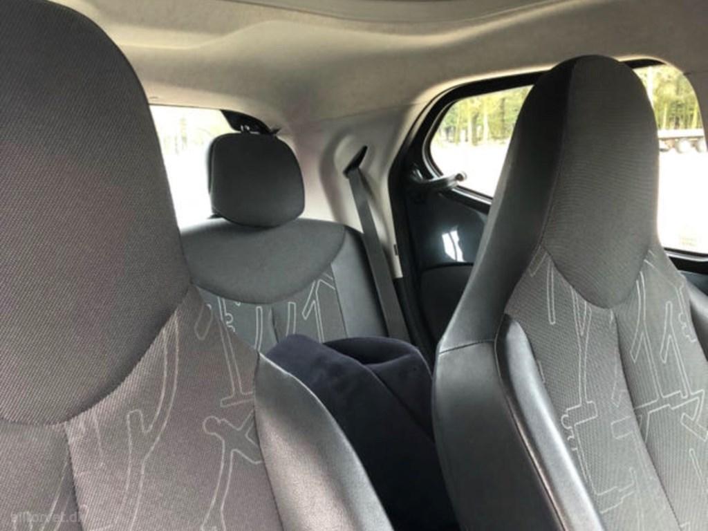 Toyota Aygo 1,0 VVT-I X-Play + Comfort Klima pakke 69HK 5d 2015