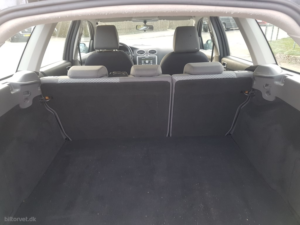 Ford Focus 1,6 Trend 100HK Stc 2005