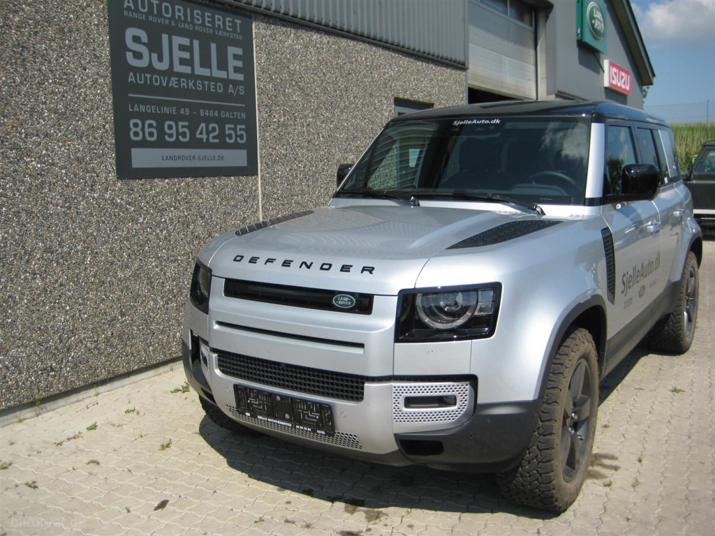 "Land Rover Defender 110"" 2,0 SD4 First Edition AWD 240HK 8g Aut. 2020"