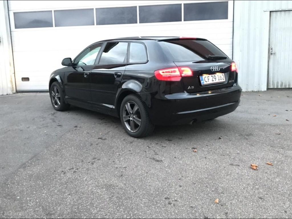 Audi A3 Sportback 2,0 TDI DPF Attraction 140HK 5d 6g 2010
