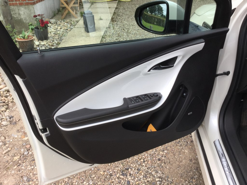 Opel Ampera 1,4 85HK 5d Aut. 2014