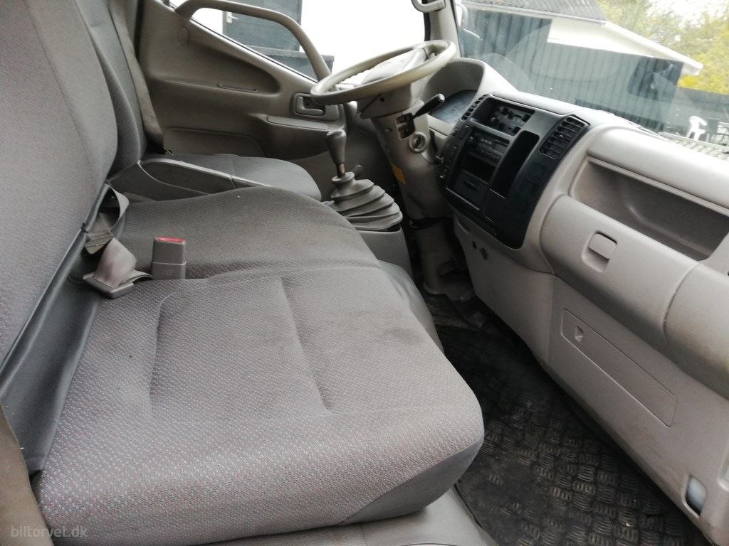 Toyota Dyna 2,5 TD, D.Cab 88HK DobKab 2006
