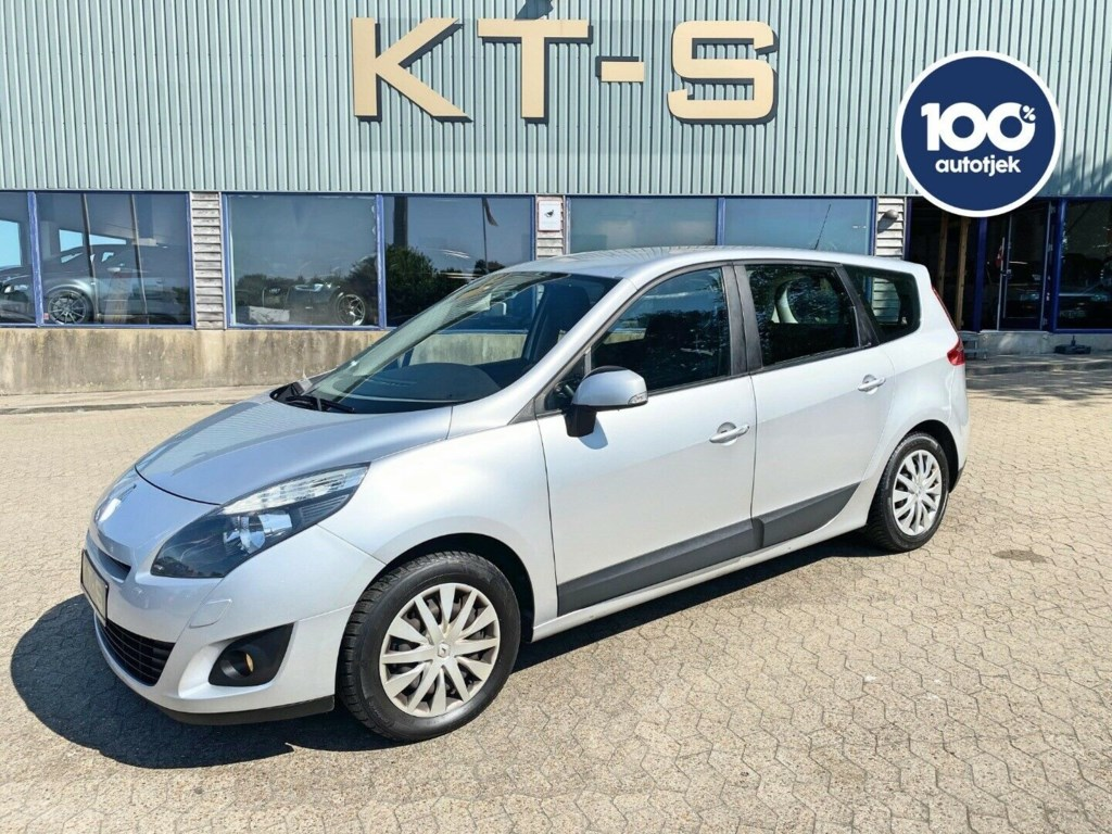 Renault Grand Scenic III 1,5 dCi 110 Expression 7prs 2010
