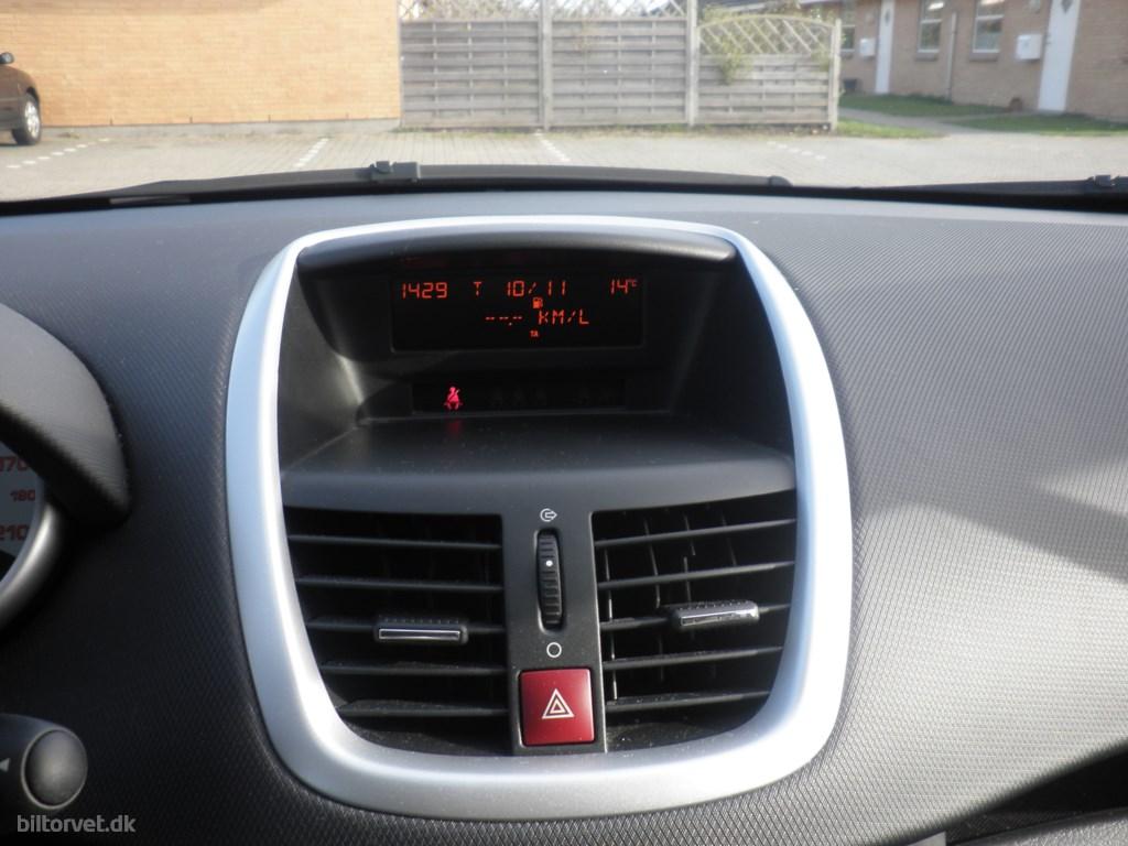 Peugeot 207 1,6 HDI XR Plus 90HK 5d 2008