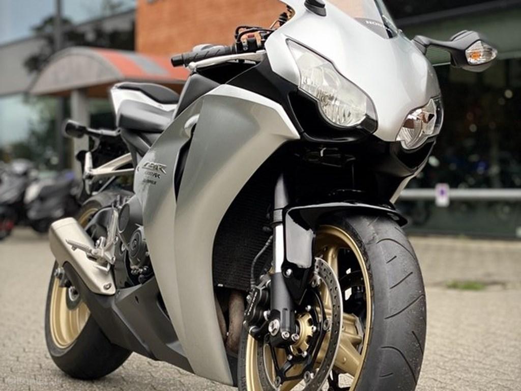 Honda CBR1000 2009