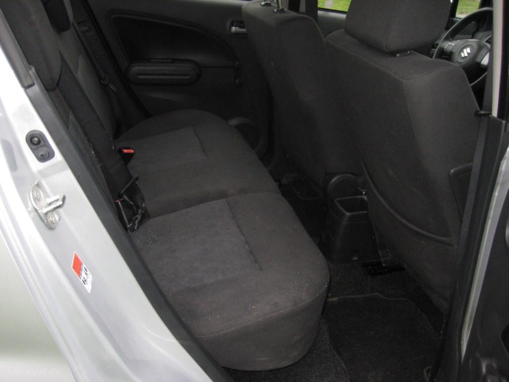 Suzuki Splash 1,0 GLS A/C 65HK 5d 2011