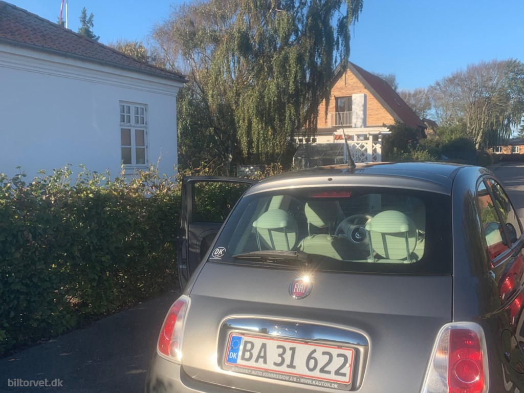 Fiat 500 1,2 Matt Black Start & Stop 69HK 3d 2009