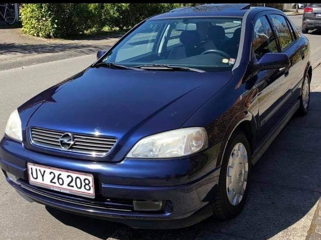 Opel Astra 1,6 16V Club 100HK 5d 1998