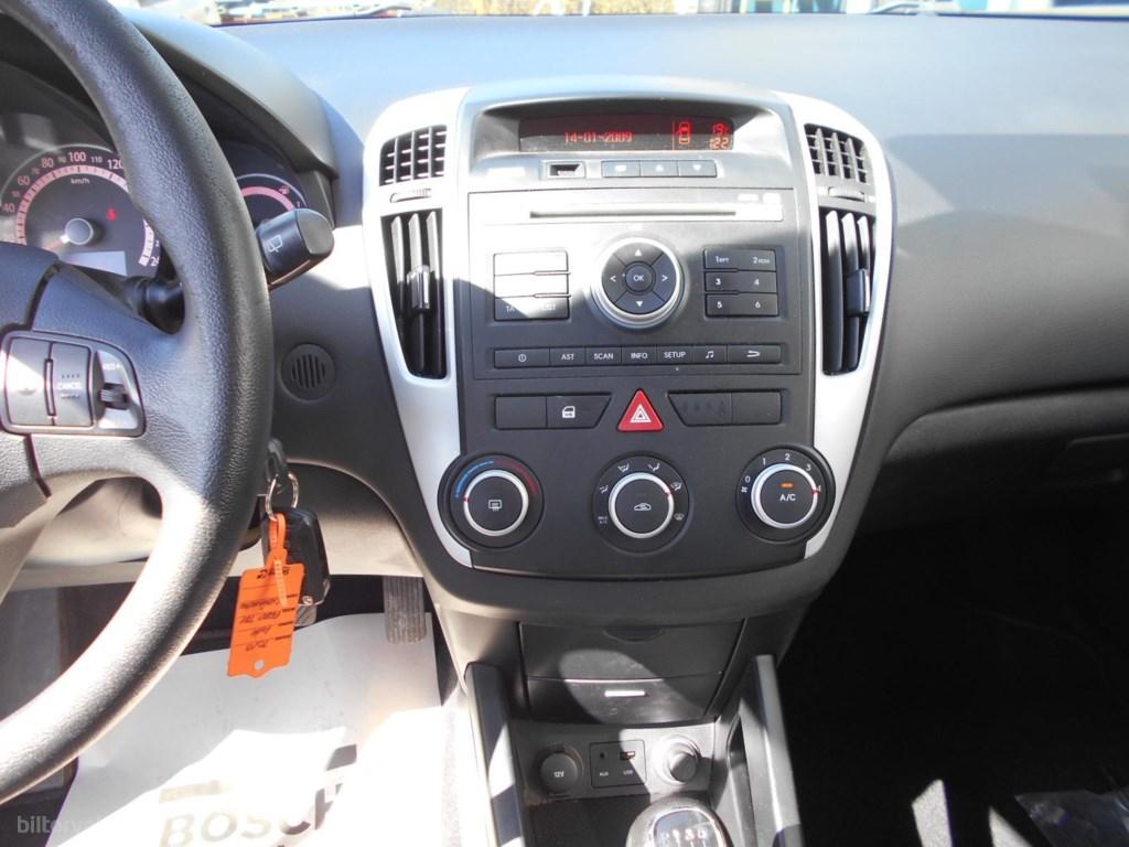 Kia Ceed SW 1,6 CRDI Active 116HK Stc 6g 2011