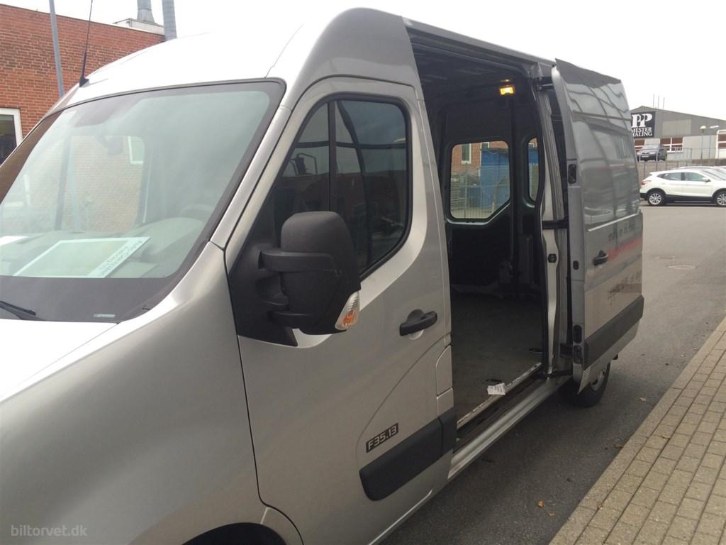 Nissan NV 400 L2H2 2,3 DCi DPF Comfort Plus 125HK Van 6g 2012