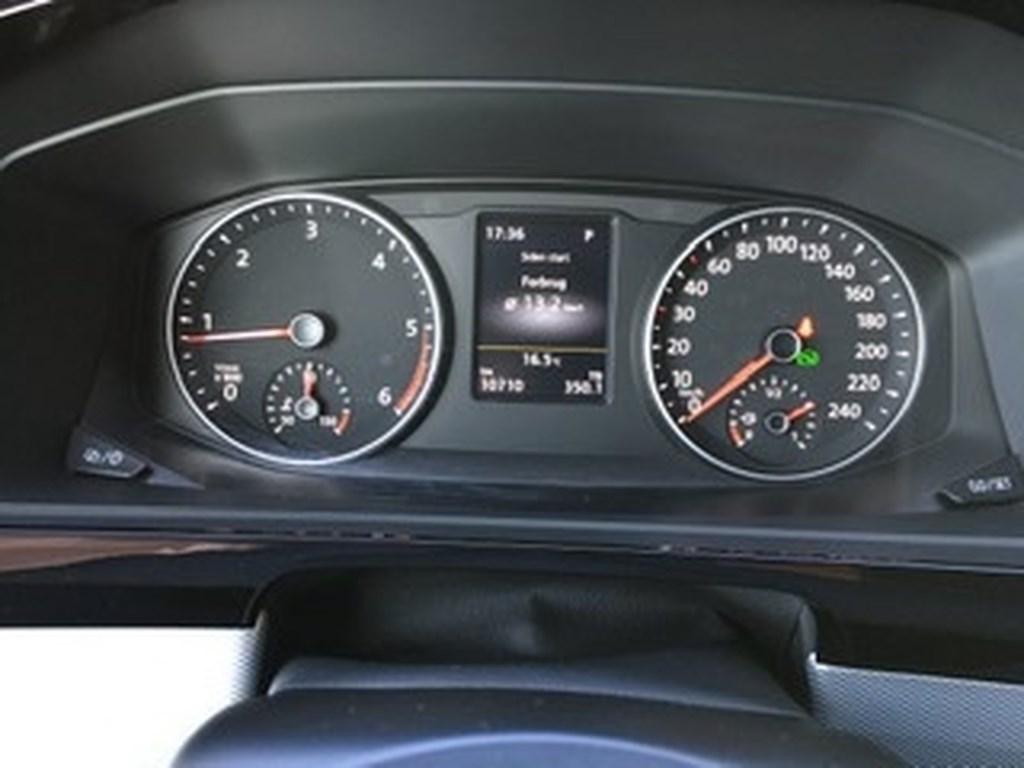 VW Multivan Kort 2,0 TDI Highline DSG 150HK 7g Aut. 2019
