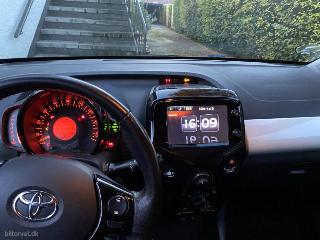 Toyota Aygo 1,0 VVT-I X-Wave 69HK 5d 2016