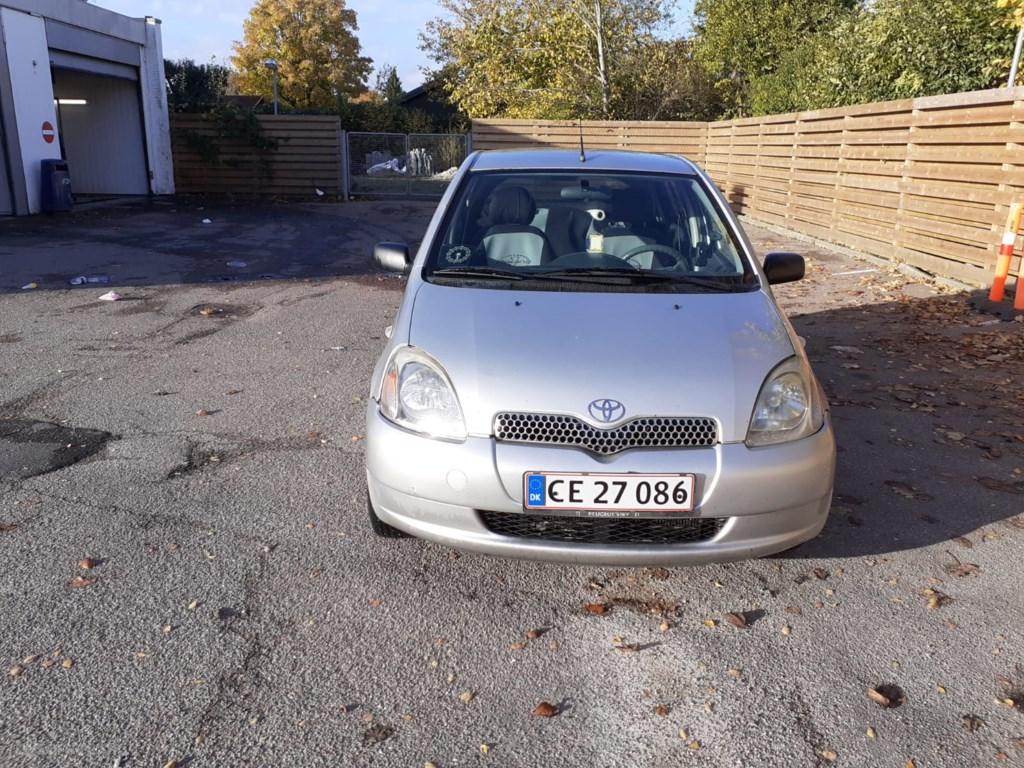 Toyota Yaris 1,0 Linea Sol 68HK 5d 1999