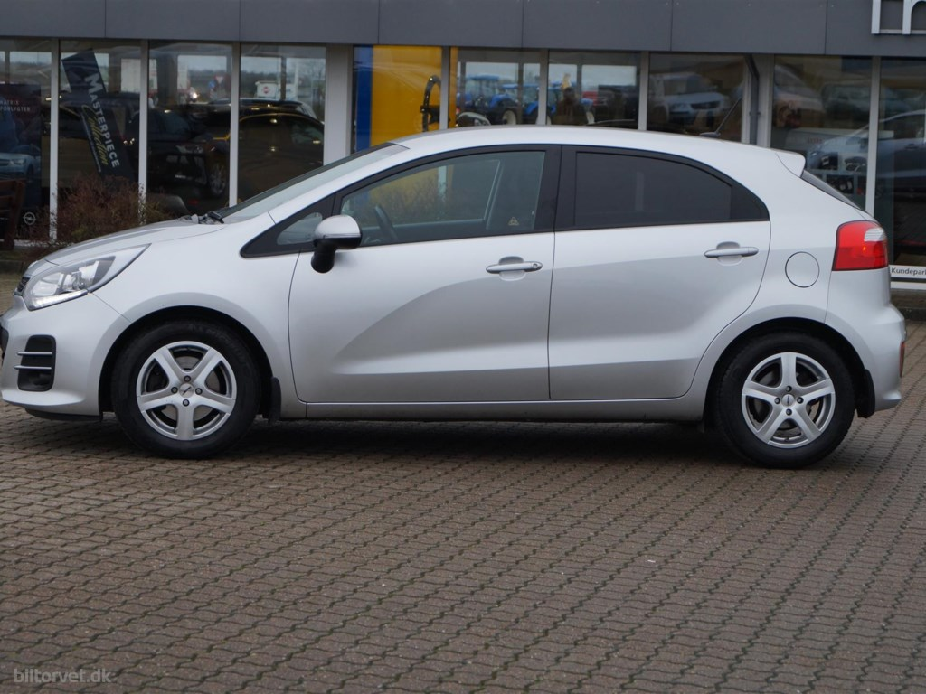 Kia Rio 1,4 CRDI Attraction Plus 90HK 5d 6g 2016
