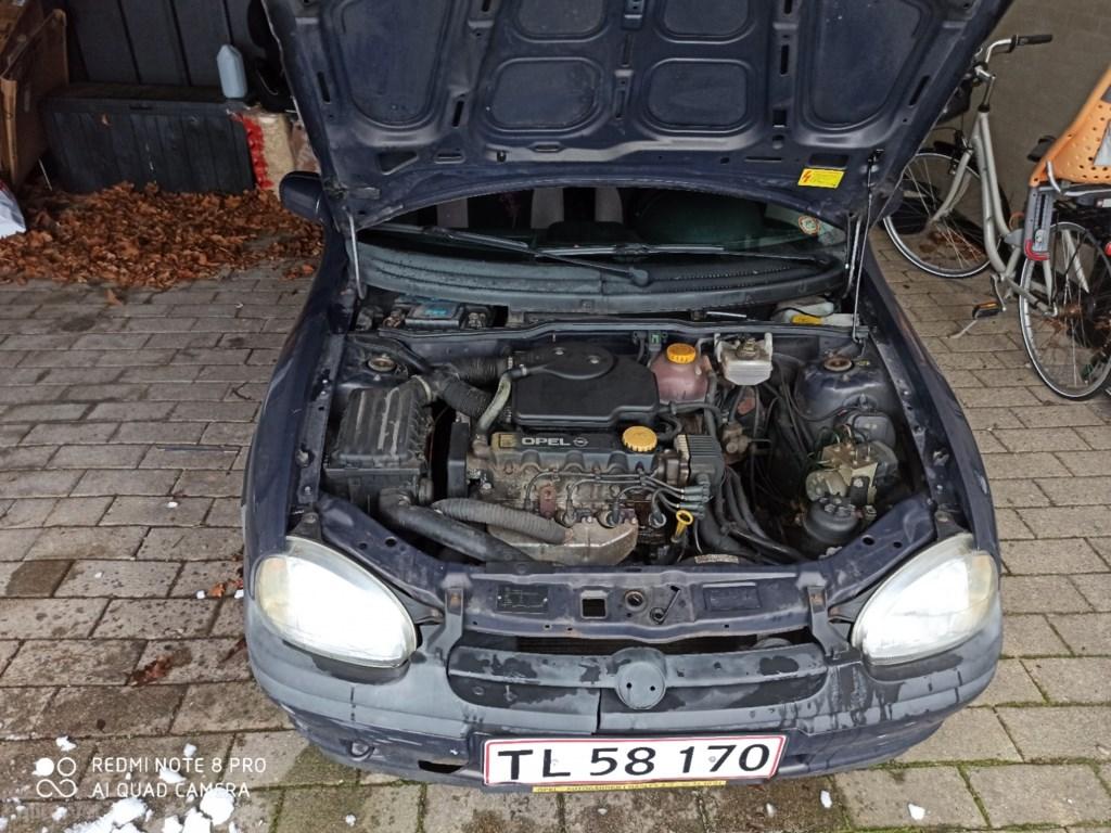 Opel Corsa 1,4 Sport 60HK 3d 1996