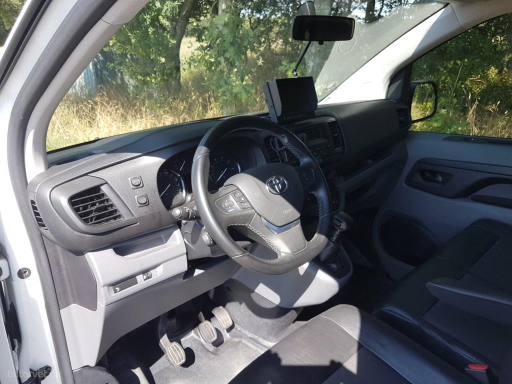 Toyota Proace Medium 2,0 D Comfort m/ruder 120HK Van 6g 2017