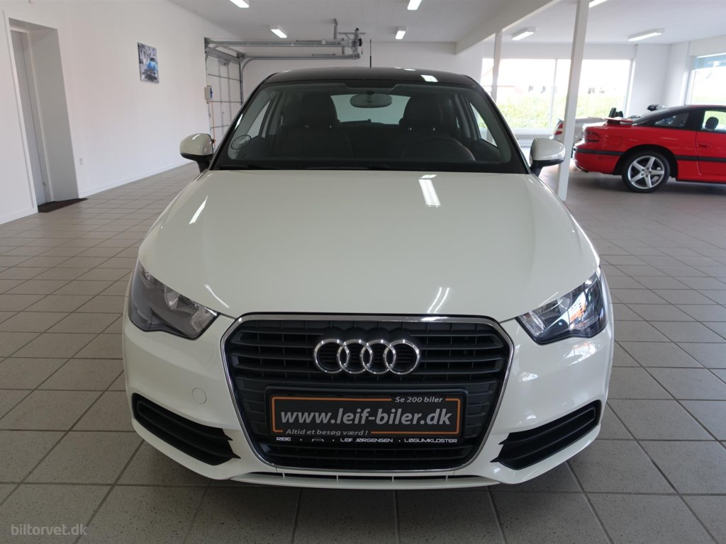 Audi A1 1,6 TDI Attraction 90HK 3d 2014