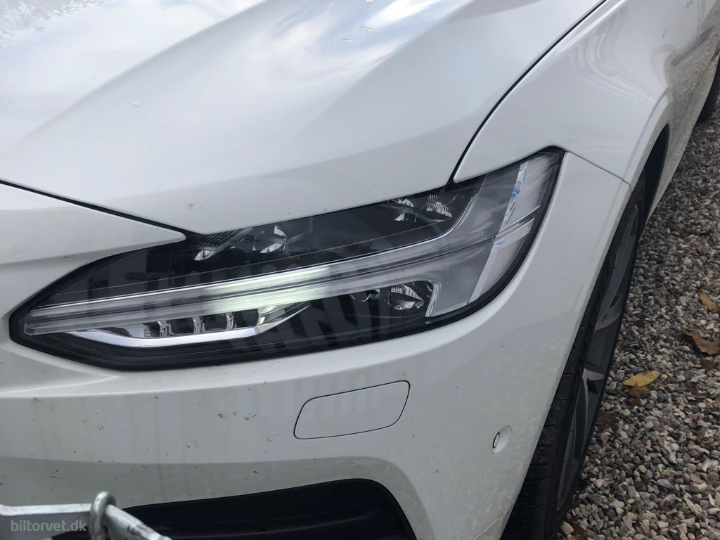 Volvo V90 2,0 D4 Momentum 190HK Stc 8g Aut. 2020