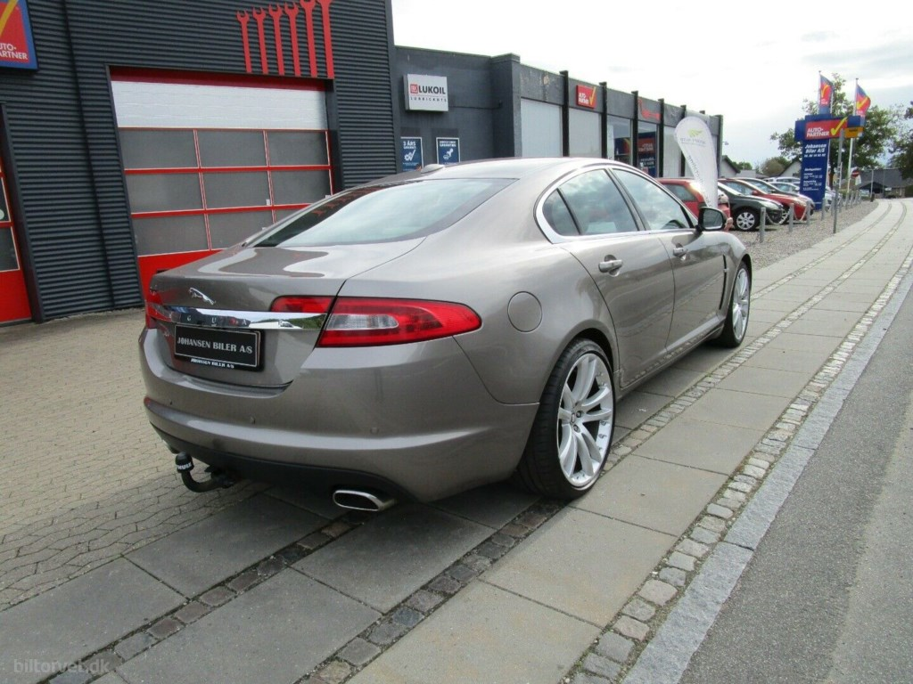 Jaguar XF 3,0 D V6 240 Luxury aut. 2010