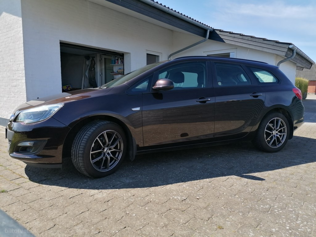 Opel Astra Sports Tourer 1,4 Twinport Limited Start/Stop 100HK Stc 2014