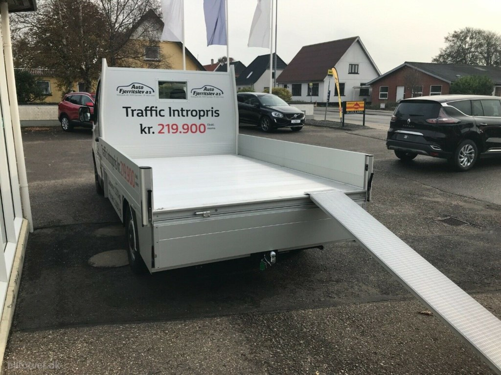 Renault Trafic T29 2,0 dCi 145 L2 Chassis 2020
