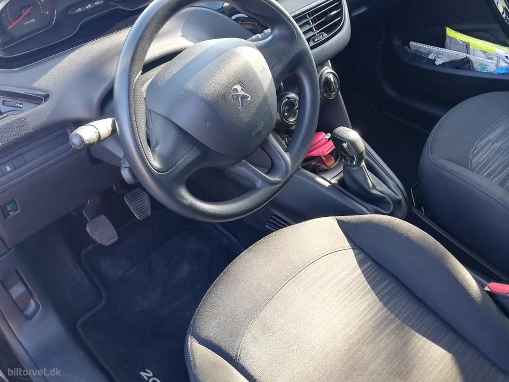 Peugeot 208 1,0 VTi Access 68HK 3d 2012